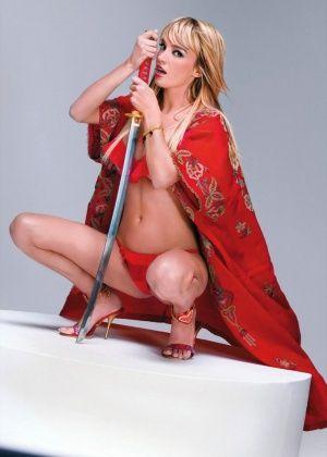 Virginie Caprice - Красивые ножки - Галерея № 3275485