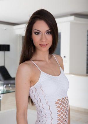 Arwen Gold - Дырки - Галерея № 3544809