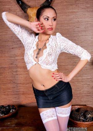 Danika Flores, Davon Kim - Филиппинки - Галерея № 3454195