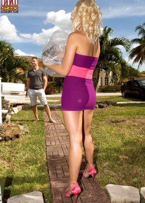 Jayden Pierson - Дрочит ножками (футджоб) - Галерея № 3497909