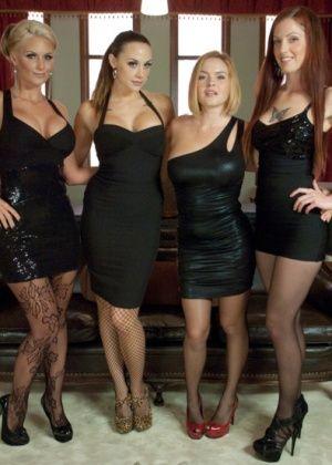 Phoenix Marie, Tricia Oaks, Krissy Lynn, Chanel Preston - Вчетвером - Галерея № 3329554