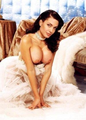 Angelina Jolie - Вчетвером - Галерея № 3276000