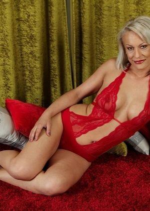 Vanessa Moore - Пожилые - Галерея № 3502745