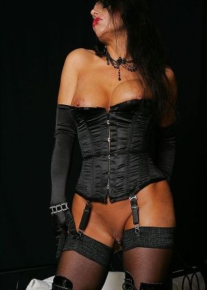 Model Eve - Немецкое - Галерея № 3270173