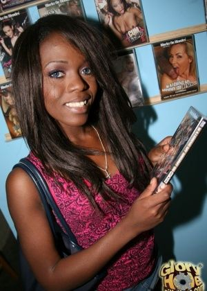 Whitney Williams - Глорихол - Галерея № 3356684