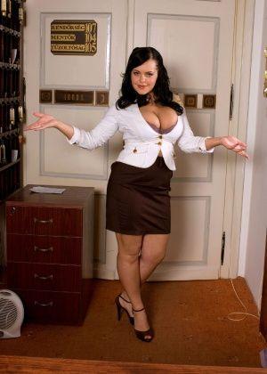 Mandy Pearl - В гостинице - Галерея № 3473946