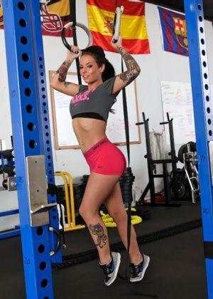 Christy Mack - В спортзале - Галерея № 3222034