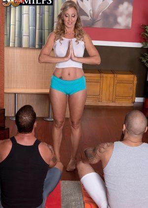 Jenna Covelli - В спортзале - Галерея № 3407773