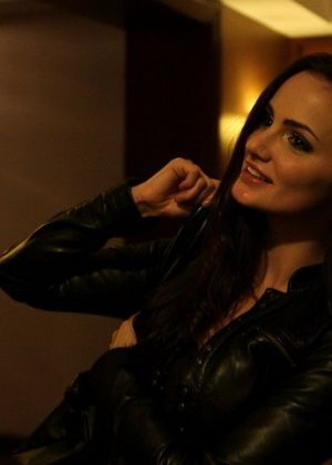 Lily Carter - В гостинице - Галерея № 3497783