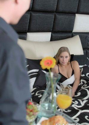 Lena Nitro - В гостинице - Галерея № 3474152