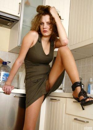 Abby - На кухне - Галерея № 3546094