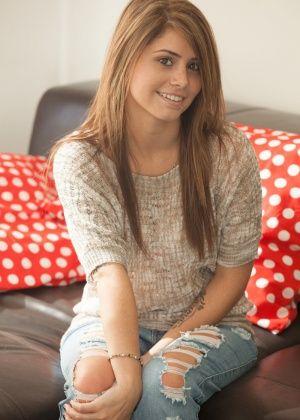Hailey Leigh - Джинса - Галерея № 3418155
