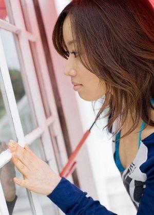 Милое лицо Jun Kiyomi и не более