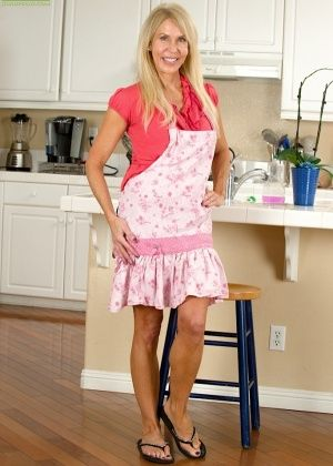 На кухне - Галерея № 3407685