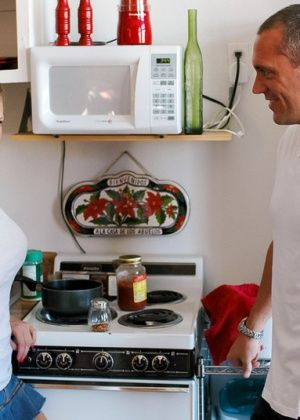 Eve Laurence - На кухне - Галерея № 3423952