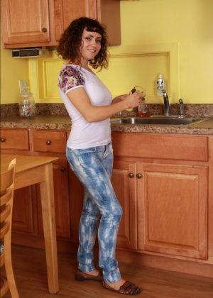 Honey - На кухне - Галерея № 3429921