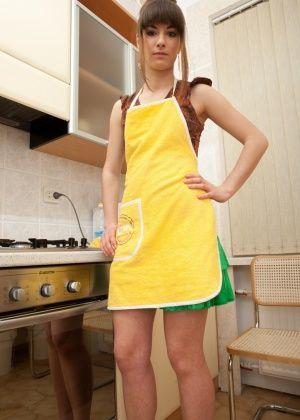 На кухне - Галерея № 3407917