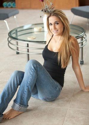 Cassidy Cole - Джинса - Галерея № 3375473