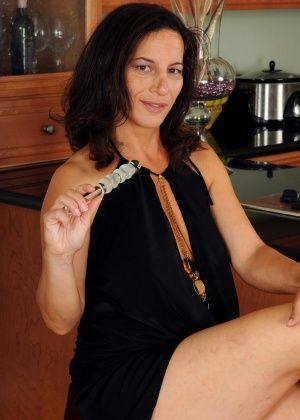 Melissa - На кухне - Галерея № 2910977