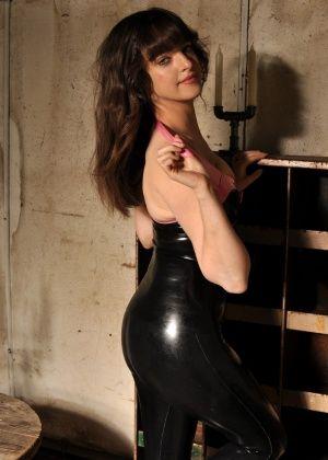 Kate Anne - Латекс - Галерея № 3483228