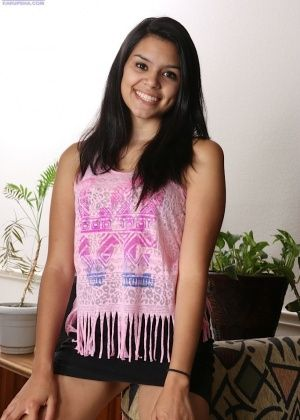 Selena Garcia - Латинка - Галерея № 3507600