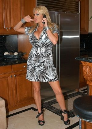 Brandi Love, Kelly Madison - Нижнее белье - Галерея № 3337029