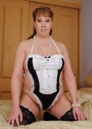 Зрелая женщина - Галерея № 3626784