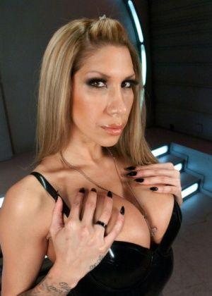 Kayla Carrera - Секс машина - Галерея № 3396794