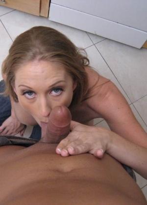 Зрелая женщина - Галерея № 2742244