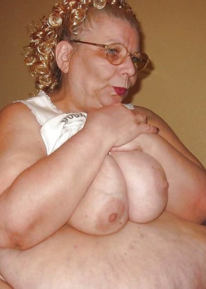 Зрелая женщина - Галерея № 3396991