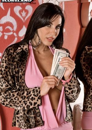 Veronica Rayne - За деньги - Галерея № 3485861