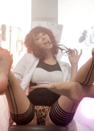 Cassidey, Maitresse Madeline, Melody Jordan - Медсестра - Галерея № 3410611