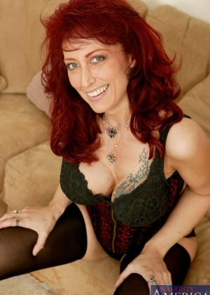 Nikki Sinn - Зрелая женщина - Галерея № 2400654