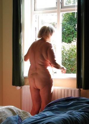 Зрелая женщина - Галерея № 3396726