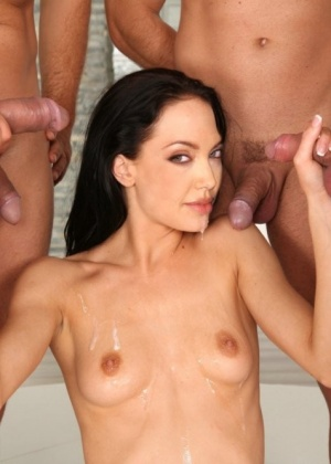 Angelina Jolie - В колготках - Галерея № 3336471