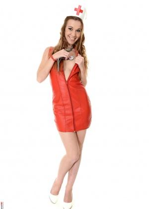 Alexis Crystal - Медсестра - Галерея № 3416463
