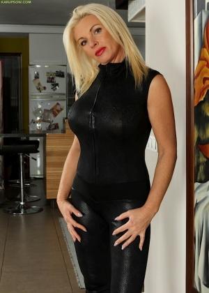Casey Szilvia - Зрелая женщина - Галерея № 3523537