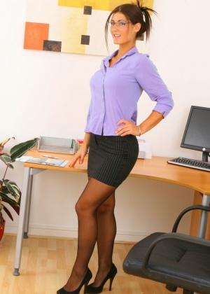 В офисе - Галерея № 3483381