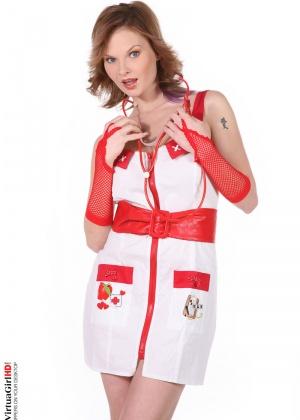 Tarra White - Медсестра - Галерея № 2403040