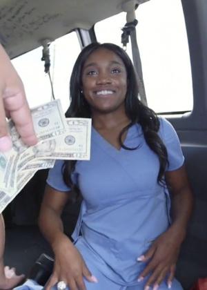 Медсестра - Галерея № 3437513