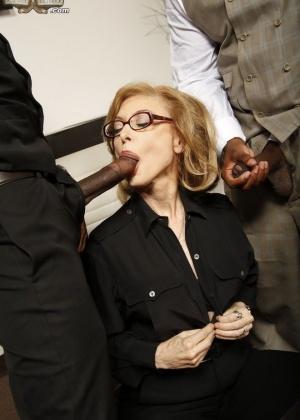 Nina Hartley - В офисе - Галерея № 3530718