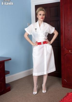 Michelle Moist - Медсестра - Галерея № 3421628