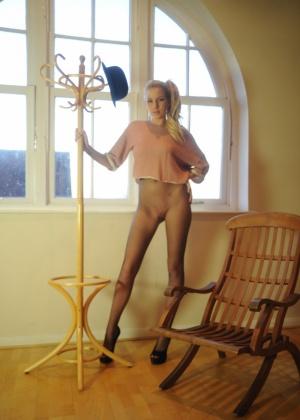 Danielle Maye - В колготках - Галерея № 3484422