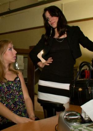 Nicki Hunter, Bobbi Starr, Chastity Lynn - В офисе - Галерея № 3350210