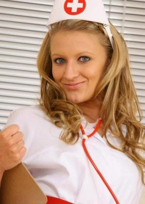 Медсестра - Галерея № 2437452