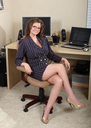 В офисе - Галерея № 2543284
