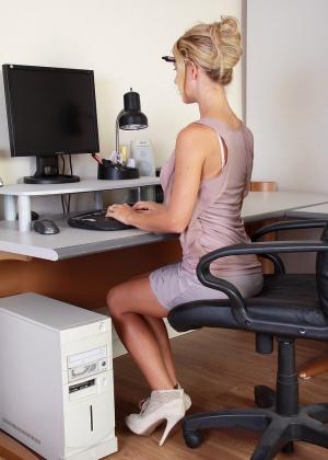 В офисе - Галерея № 3120210