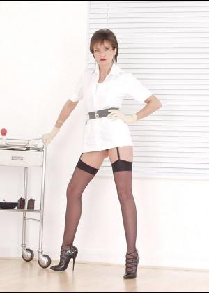 Медсестра - Галерея № 3382681