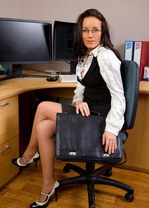 В офисе - Галерея № 2728280