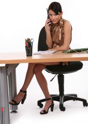 Susan - В офисе - Галерея № 3283067